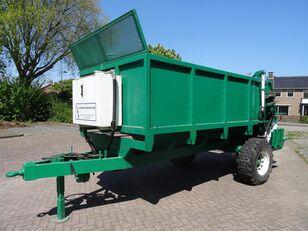 COMPOSTSTROOIER compost turner